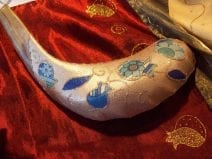 Judaica Shofar Ram Horn with Pomegranates& Blue Flowers